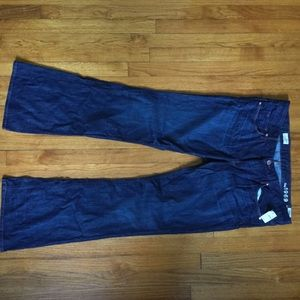 NWT dark wash bootcut curry Gap Jeans